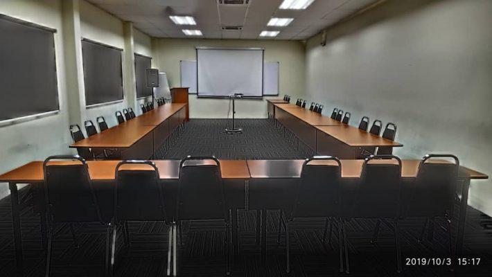 Seminar Room U-Shape Setting